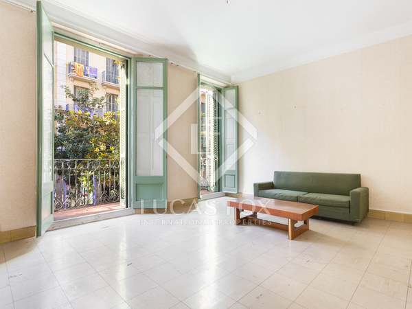 251 m² apartment with 69 m² terrace for sale in Gracia