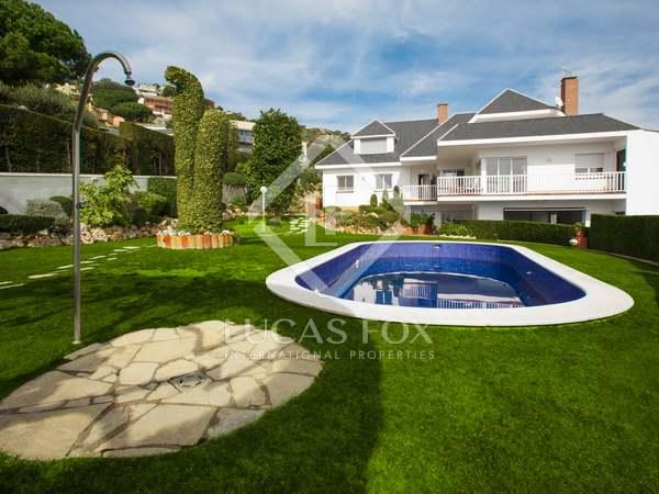 Maison / Villa de 379m² a vendre à Tiana, Maresme