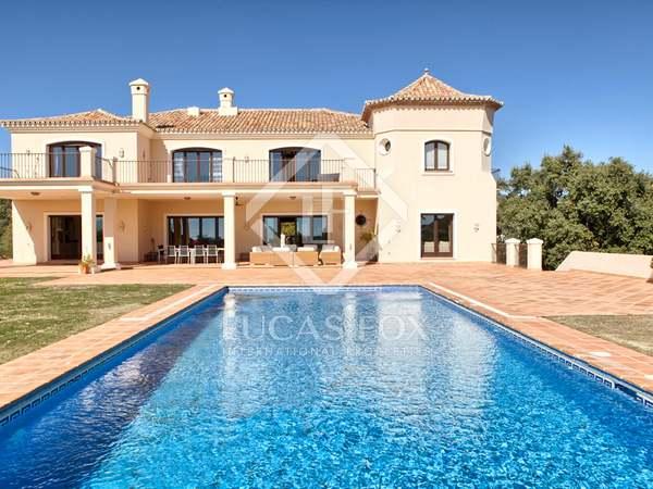 Maison / Villa de 1,303m² a vendre à Benahavís avec 129m² terrasse