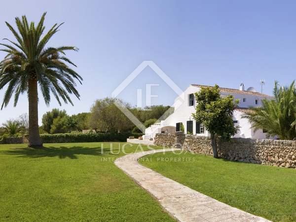 270 m² country house with 6,730 m² garden for sale in Menorca