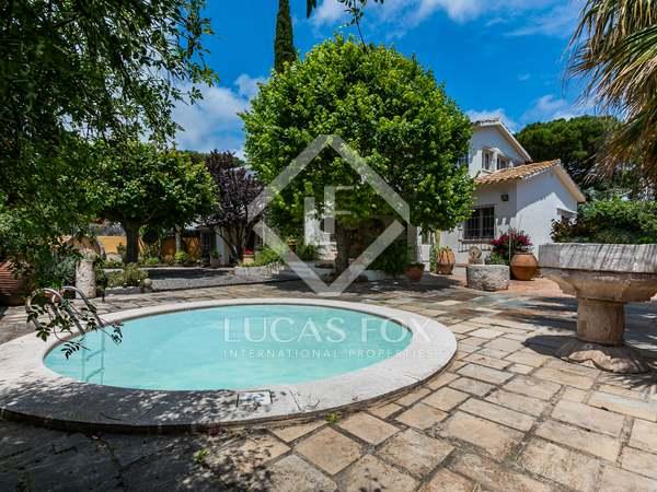 Casa / Villa de 200m² en venta en Alella, Maresme