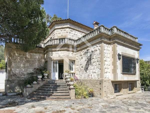 Maison / Villa de 325m² a vendre à Esplugues, Barcelone