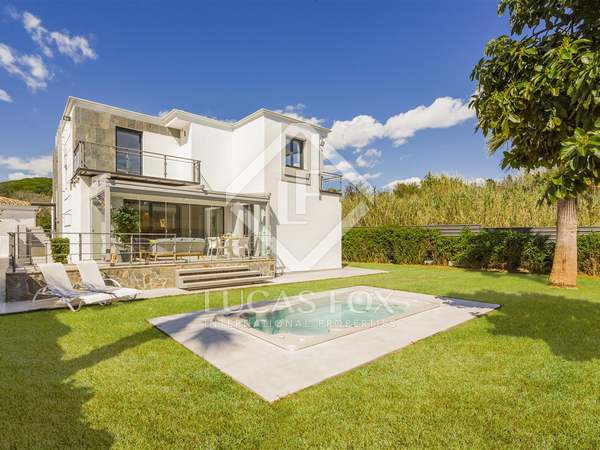 Renovated 3-bedroom villa for sale in Nueva Andalucia