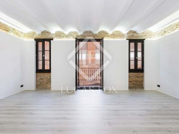 104m² apartment with 7m² terrace for sale in El Raval