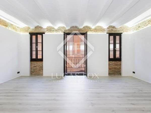 Apartamento de 104 m² con 2 balcones en venta en El Raval