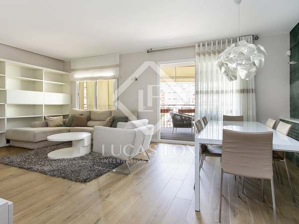 175m² Apartment with 10m² terrace for rent in Pedralbes