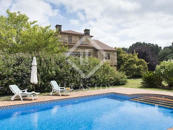 Huis / Villa van 795m² te koop in Pontevedra, Galicia