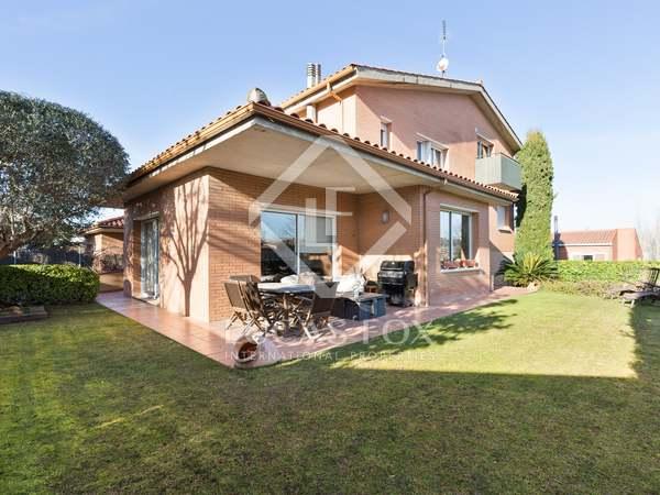 Huis / Villa van 360m² te koop in Sant Cugat, Barcelona
