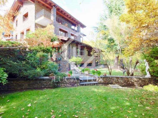 510m² House / Villa with 400m² garden for sale in La Massana