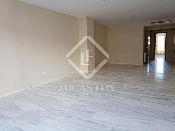 5-bedroom apartment for sale in Pla del Real, Valencia