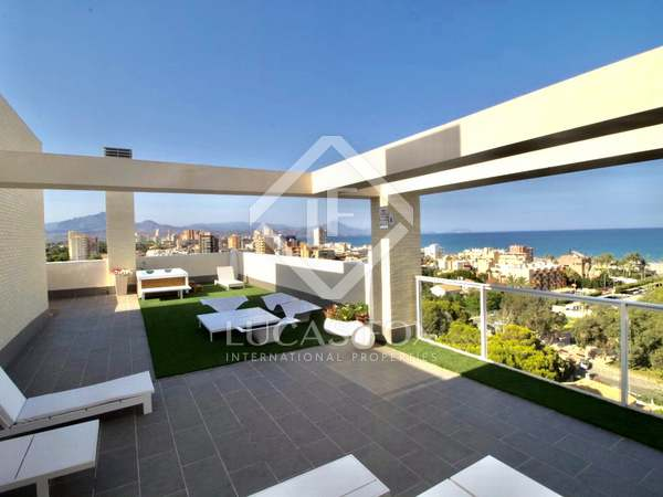 274m² Penthouse with 161m² terrace for sale in Playa San Juan