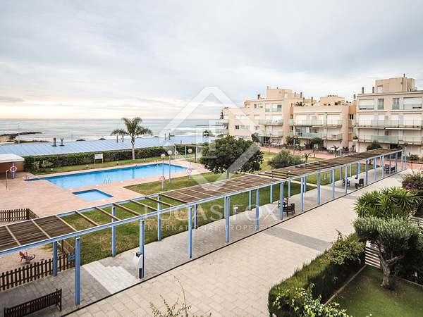 108 m² apartment with 13 m² terrace for sale in Cubelles