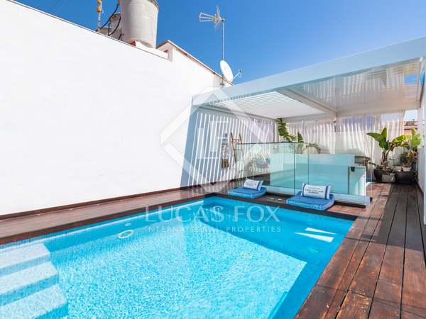 195m² House / Villa with 44m² terrace for sale in Sitges Town