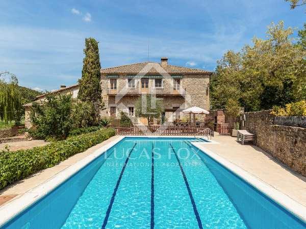Maison / Villa de 1,000m² a vendre à La Garrotxa, Gérone