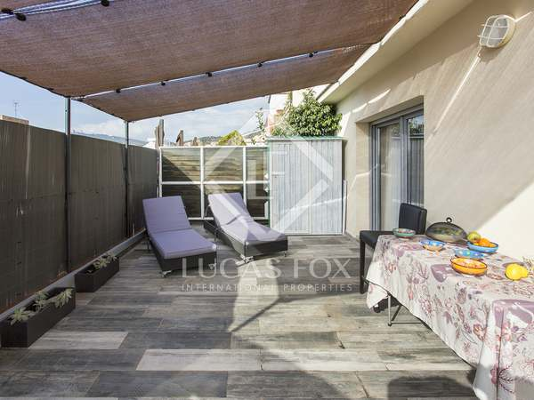61m² Penthouse with 22m² terrace for sale in Gràcia