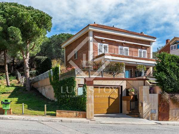 354m² House / Villa for sale in Teià, Barcelona