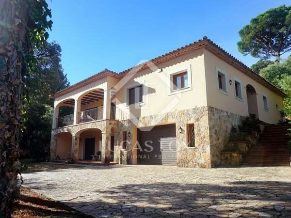 Casa de 404 m² en venta en Santa Cristina
