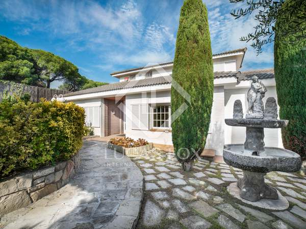 450 m² house for sale in Alella, Maresme