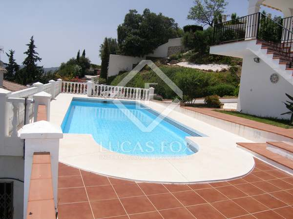 5-bedroom villa with panoramic views for sale in Mijas
