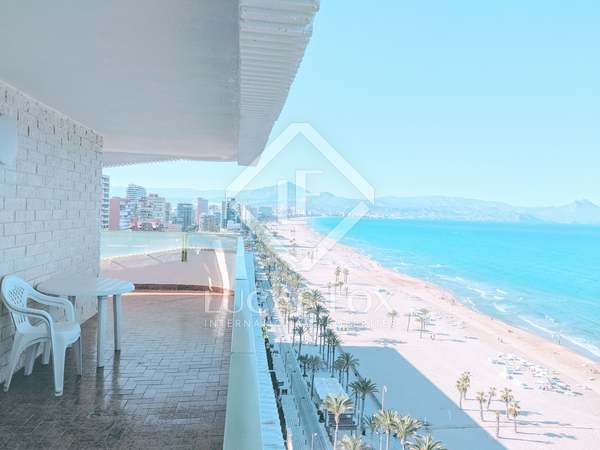 142m² Apartment with 50m² terrace for sale in Playa San Juan