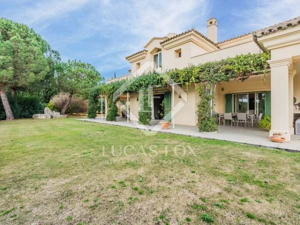 765m² House / Villa for sale in Sotogrande, Costa del Sol
