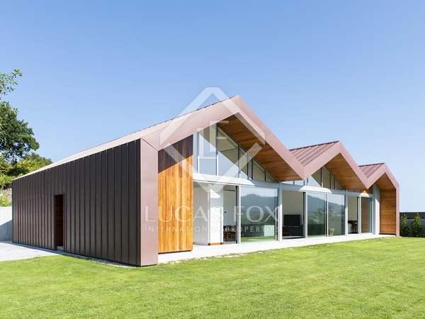 240m² House / Villa for sale in Pontevedra, Galicia