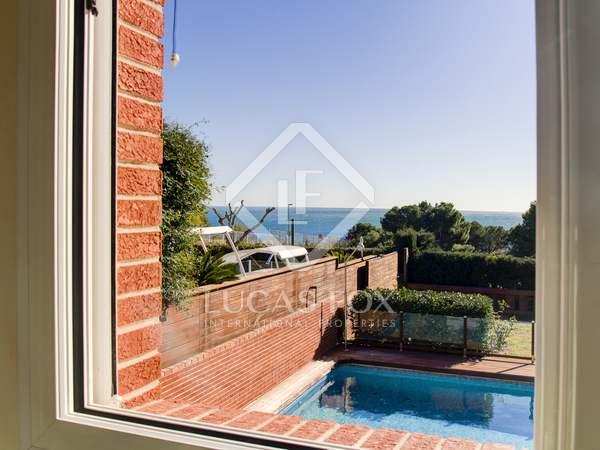 Casa / Villa de 338m² en venta en Urb. de Llevant