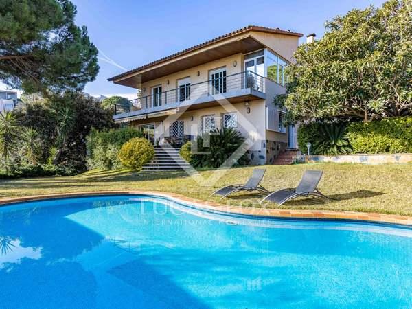 Huis / Villa van 322m² te koop in Alella, Barcelona