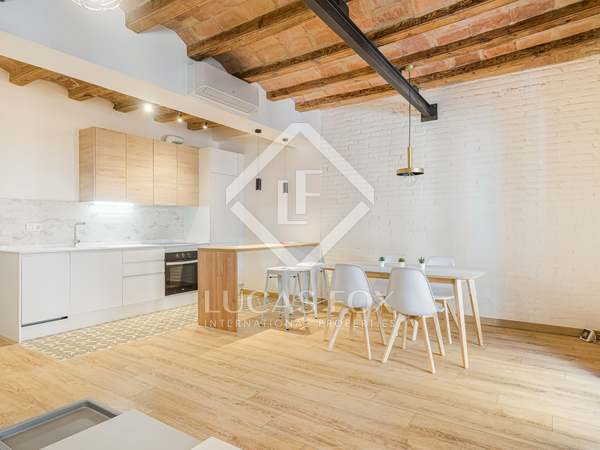 84m² Apartment for sale in Poble Sec, Barcelona