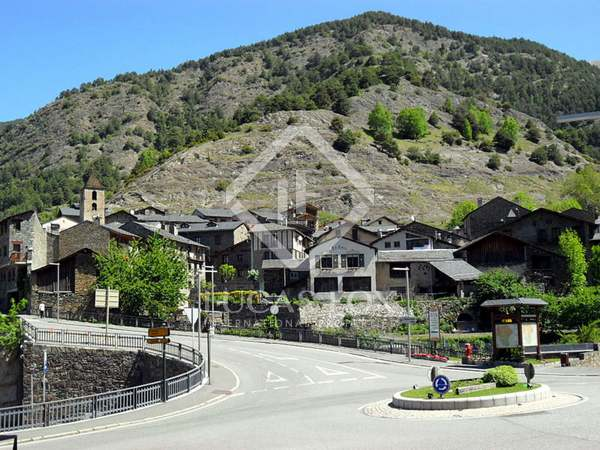 New 3 bedroom apartment for sale in the center of Ordino