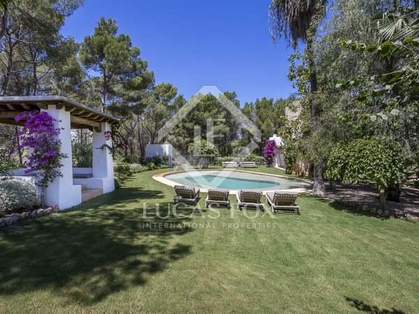 Maison / Villa de 656m² a vendre à Santa Eulalia, Ibiza