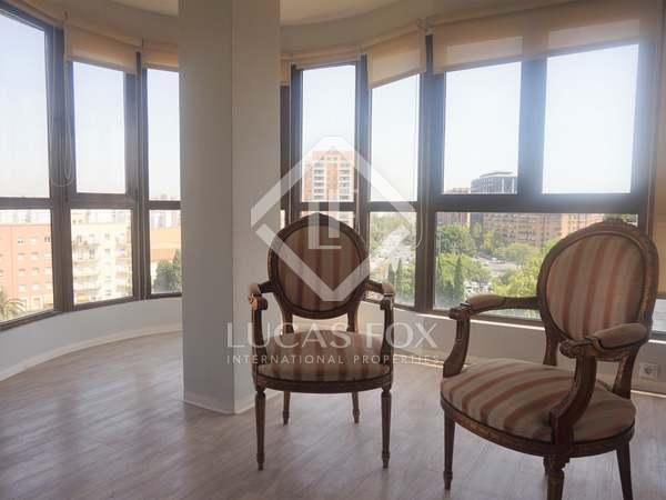 146m² Apartment for rent in El Pla del Real, Valencia