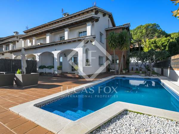 331 m² villa for sale in Premia de Dalt, Maresme