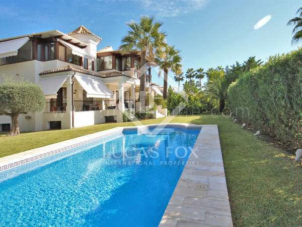 490m² House / Villa with 1,450m² garden for sale in Golden Mile