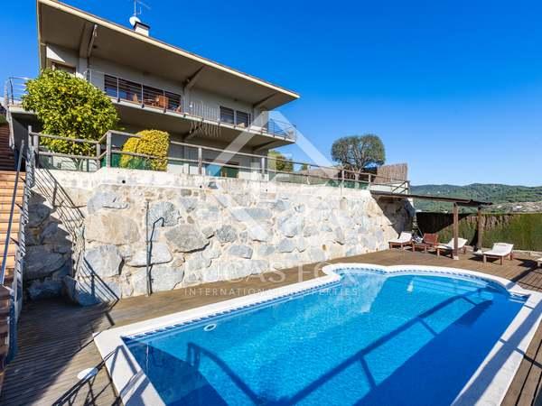 Huis / Villa van 435m² te koop in Argentona, Barcelona