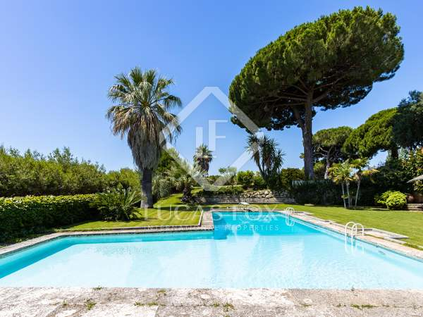 450m² House / Villa with 3,500m² garden for sale in Sant Andreu de Llavaneres