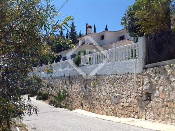 Huis / Villa van 156m² te koop met 500m² Tuin in Mijas