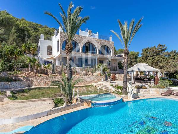 420m² House / Villa for sale in Santa Eulalia, Ibiza