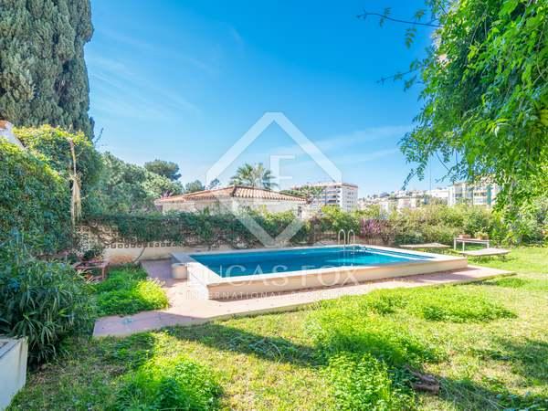 569m² House / Villa for sale in East Málaga, Málaga
