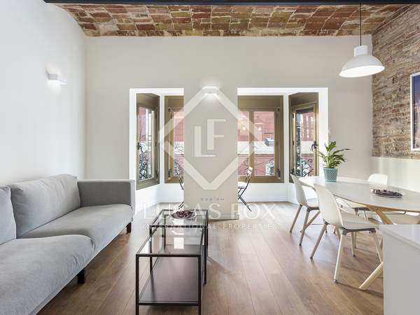 67m² Apartment for sale in Sant Antoni, Barcelona