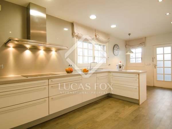 Huis / Villa van 548m² te koop in Montemar, Barcelona