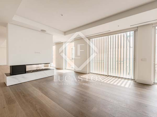 Penthouse van 618m² te koop met 75m² terras in Recoletos