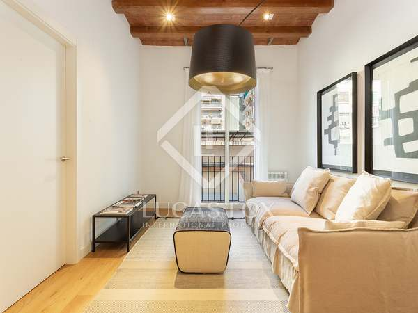 68m² Apartment for sale in Eixample Left, Barcelona
