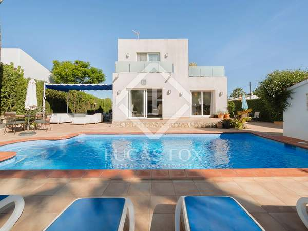 huis / villa van 207m² te koop in Jávea, Costa Blanca