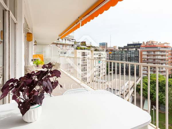 211m² Apartment with 19m² terrace for sale in Turó Park