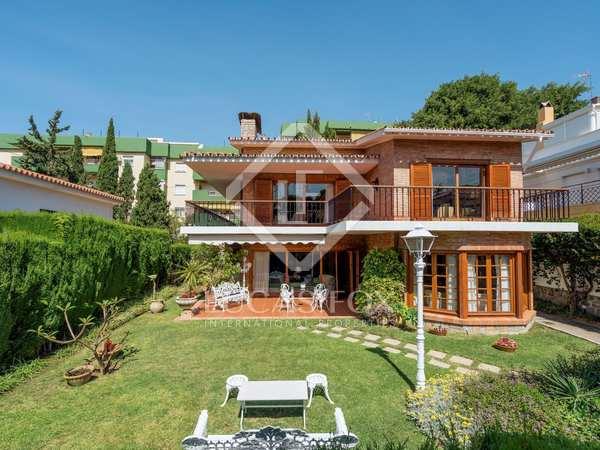 Huis / Villa van 364m² te koop in East Málaga, Malaga