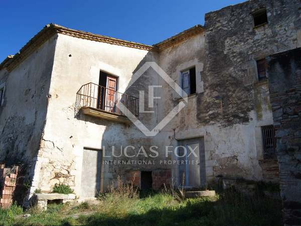 Baix Empordà masia to buy in a prime area close to Begur