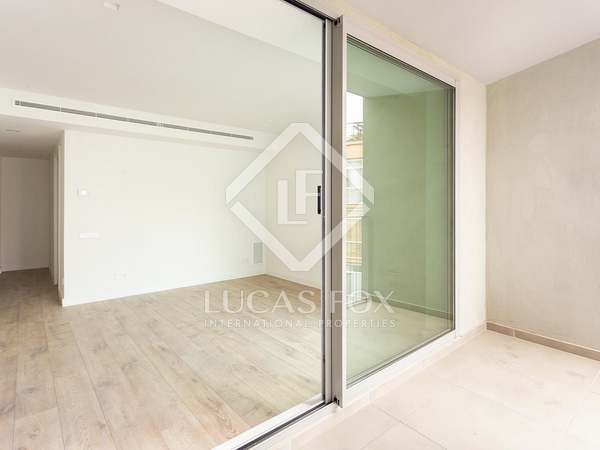 54m² Apartment with 10m² terrace for sale in Eixample Left