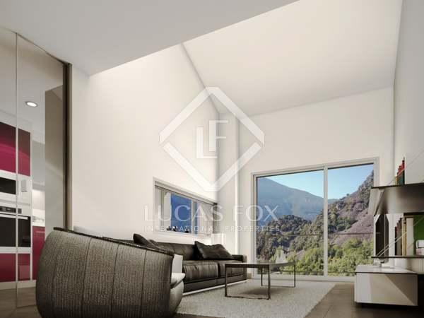 Ático dúplex de 152m² con 3 dormitorios en venta en Escaldes