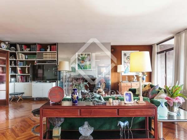 Appartement van 259m² te koop met 28m² terras in Pedralbes